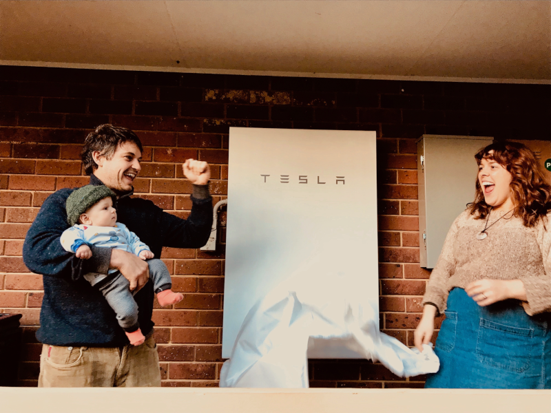 Dan Epstein family with new Tesla PW2